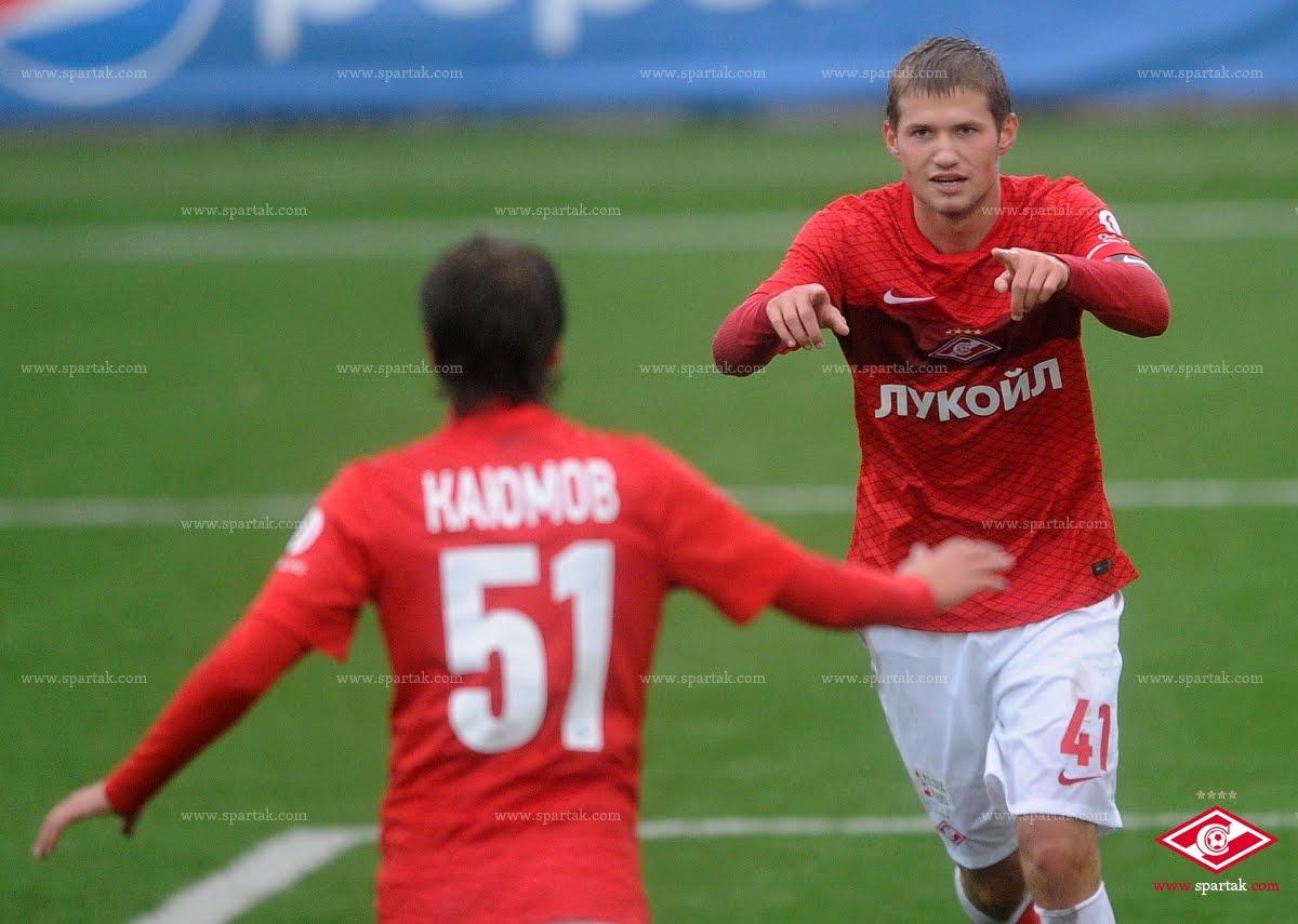 «Спартак-2» побеждает «Строгино»